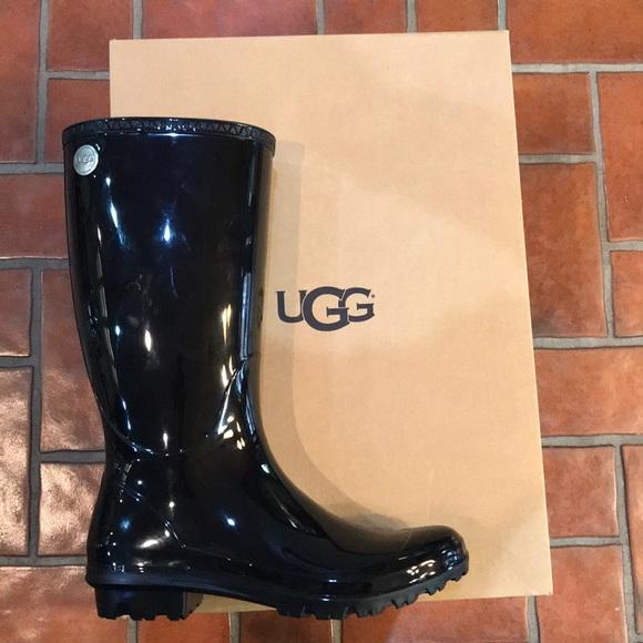 eaf8bea84dd UGG Shaye Rain Boot - Black - Size 9 or 10 NWT NWT